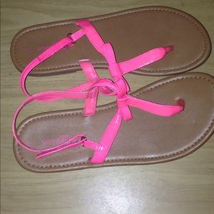 Other - Girls Pink Bow Sandals Size 6